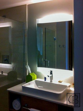 Hotel Vermont: Bathroom