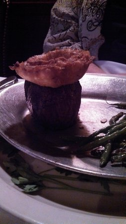 Tornado Steak House: Steak with Onion Ring