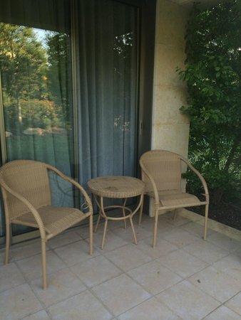 Kibbutz Lavi Hotel: Outside the room