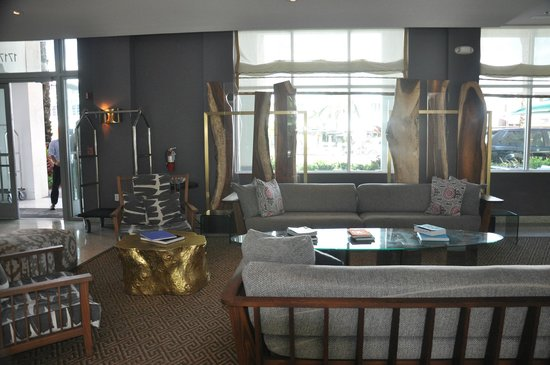 Kimpton Surfcomber Hotel : Conforto