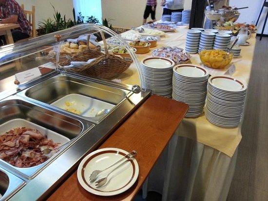 Bellevue Hotel: breakfast