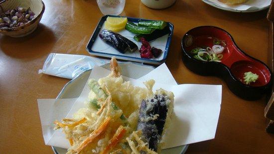 Suzakaya: てんぷらもよく揚がってます