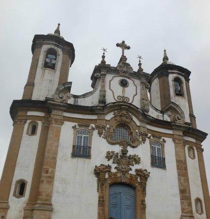 Igreja Nossa Senhora do Carmo: Imponência e beleza