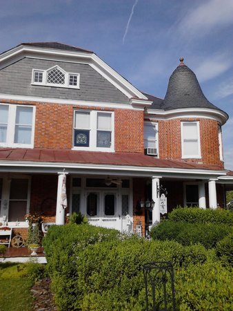 Whistle Stop Bed and Breakfast: The Whistle Stop B&B: best kept secret in Louisa