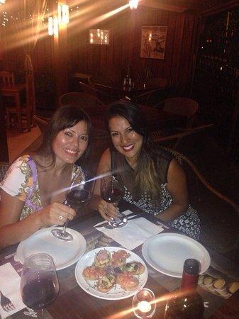 Cafe Viejo Restaurante Pizzeria: Celebrando !!!