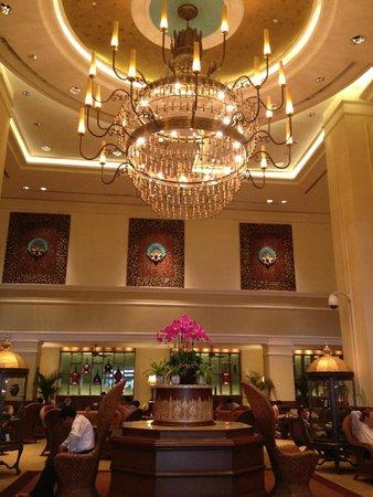 Sule Shangri-La Yangon : Hotel Lobby