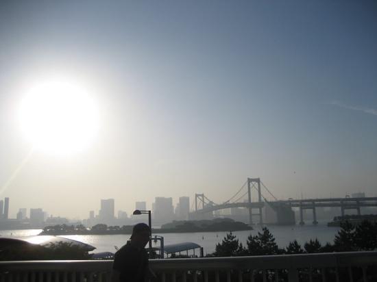 Hilton Tokyo Odaiba: gorgeous sun rise ...sun sets...