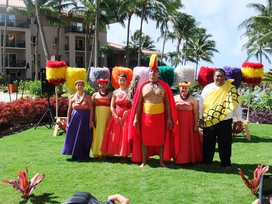 Marriott's Waiohai Beach Club: King Kamehameha Day staff ceremony