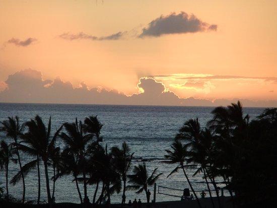 Waikoloa Beach Marriott Resort & Spa: Sunset at the Marriott Waikoloa