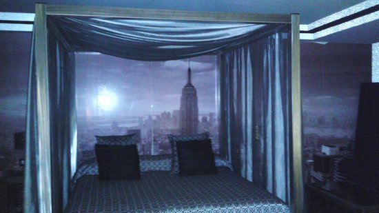 Infanta Leonor : cama suite new york