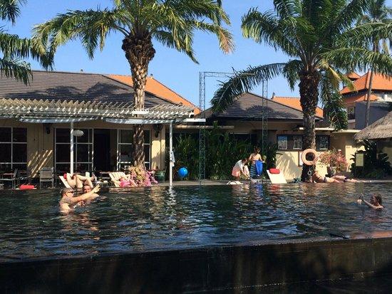 Segara Village Hotel: main pool