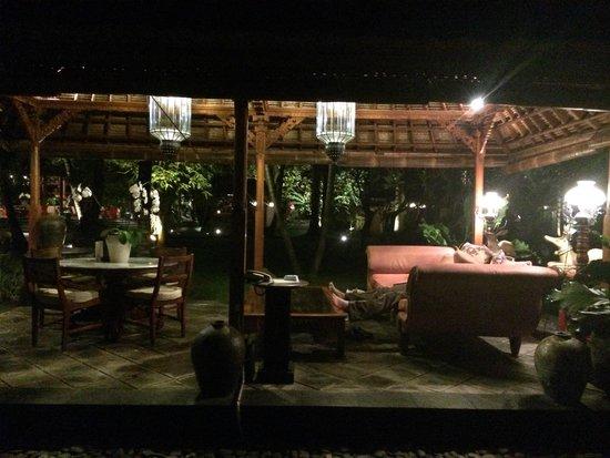 Segara Village Hotel: One of the gazebos around the resort