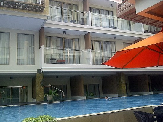 Harper Kuta: Room with Balcony and Pool Terrace
