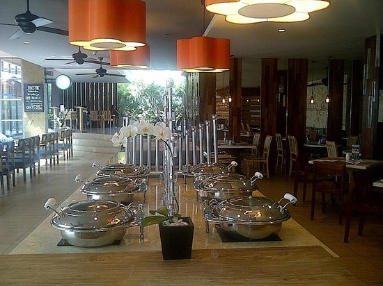 Harper Kuta: Nice Lamps at Restaurant