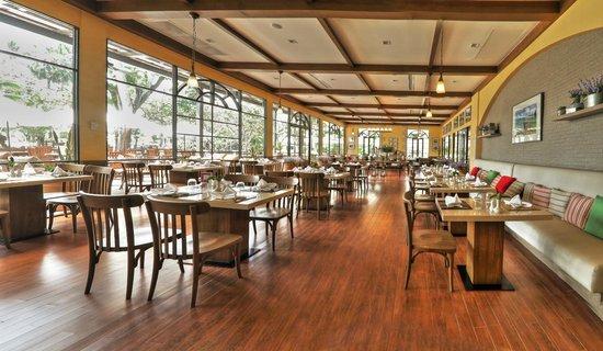 Novotel Rayong Rim Pae Resort: The Garden Restaurant  - Thai cuisine