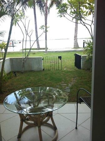Nongsa Point Marina & Resort: balcony view