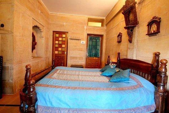 Hotel Garh Jaisal Haveli : Rising sun room
