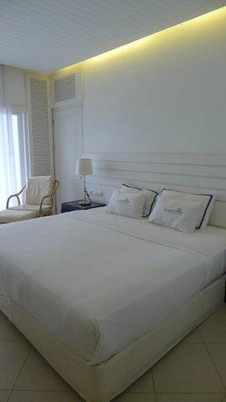 Nongsa Point Marina & Resort: bed