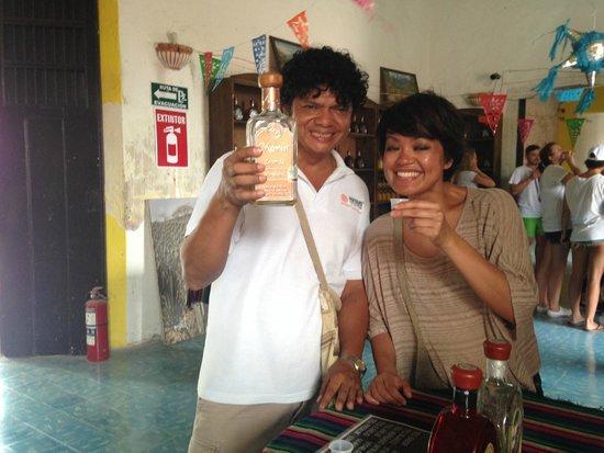 Mayans' Explorers: Tres Tonos Tequila distillery