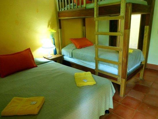 Hotel Casa Barcelona: habitación familiar, amigos, grupos