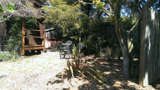 Windsong Cottage : Windsong back patio