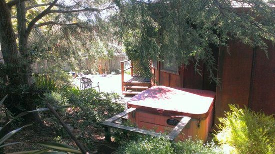 Windsong Cottage : Windsong Hot Tub
