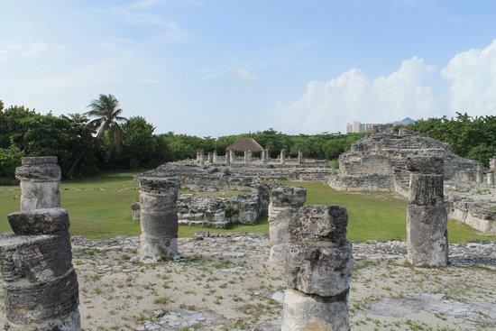Zona arqueológica El Rey: El Rey