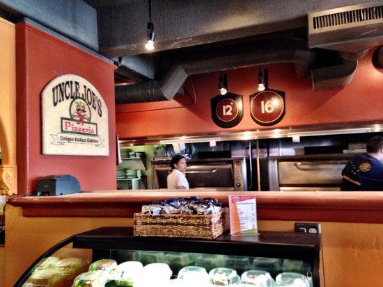 Uncle Joe's Pizzeria: The kitchen at Uncle Joe's