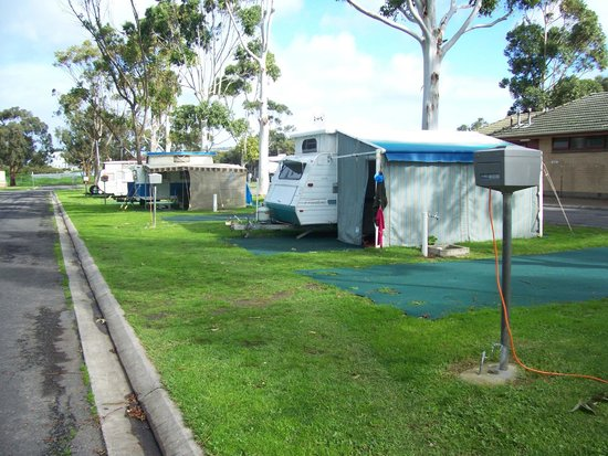 NRMA Victor Harbor Beachfront Holiday Park: Caravan sites