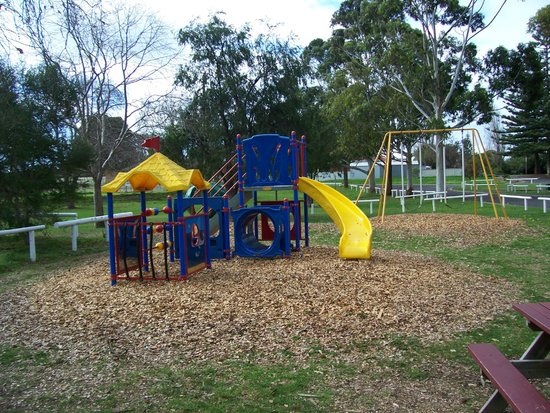 Victor Harbor Beachfront Holiday Park: Playground