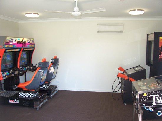 Victor Harbor Beachfront Holiday Park: Games room