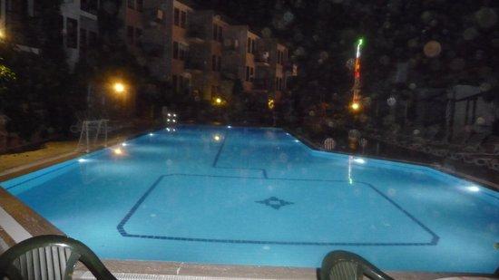 Hisar Holiday Club: Pool area
