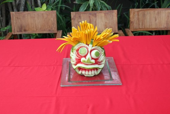 Space at Bali: Decorative watermelon which took over an hour to carve!