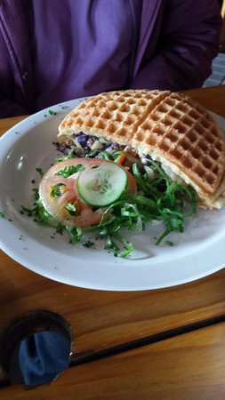 The Waffle Hut: Vegetarian waffle