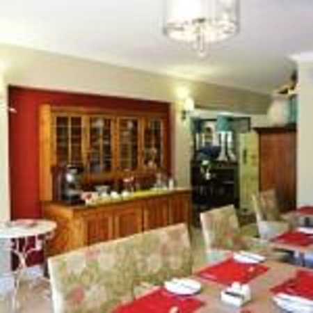 Mandyville Hotel: Dining