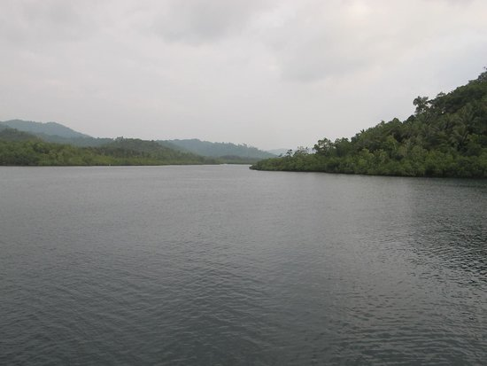 Guadalcanal Island, Salomonøerne: Makina passage- Marau Sound