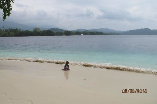 Guadalcanal Island, Islas Salomón: You can be alone like her.