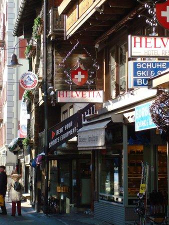 Hotel Helvetia: street view
