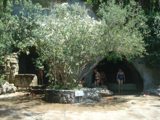 Negombo Giardini Termali : Бассейны, души с термальной водой, а также сауна в гроте