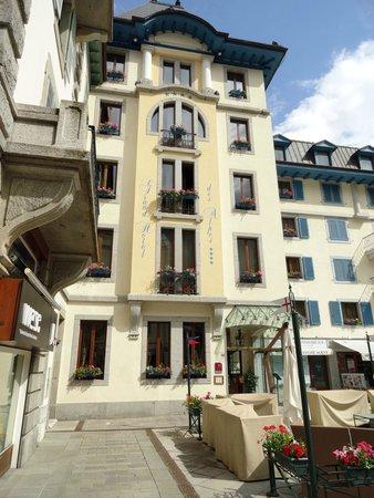 Grand Hotel des Alpes: The hotel