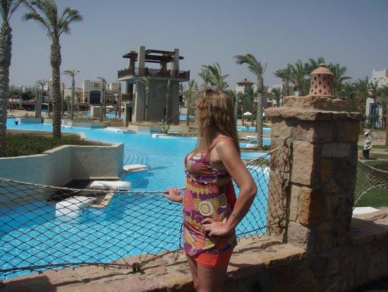 Siva Port Ghalib : Вид  на лагуну с мостика у ресторана
