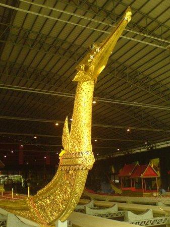 Royal Barges National Museum: Båten som brukes av kongen
