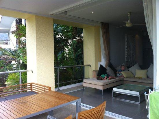 Movenpick Resort & Spa Karon Beach Phuket: View from Residence balcony into apartment living room