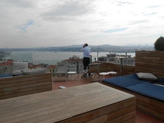 Urban Suites : 屋上テラス
