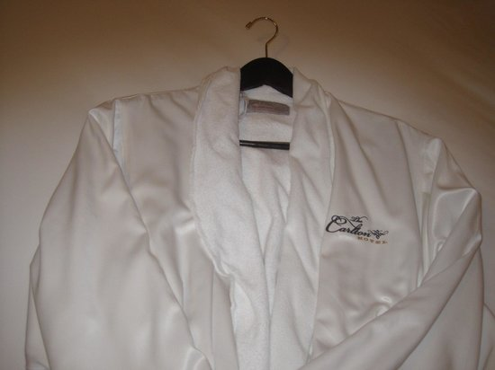 The Carlton Hotel : Bathrobe