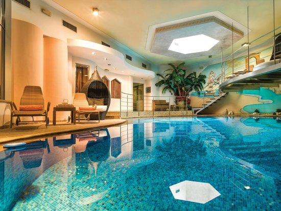 Sauna romana picture of leading relax hotel maria moena - Hotel moena piscina ...