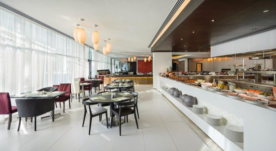 Hyatt Place Dubai / Al Rigga : Gallery Kitchen Breakfast