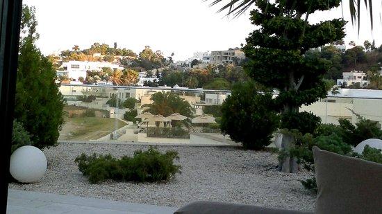 Mövenpick Hotel Gammarth Tunis: View from hotel
