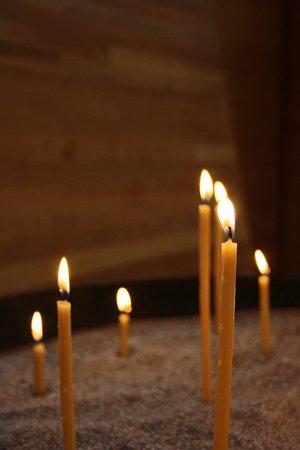 Kamppi Chapel of Silence: prayer candles