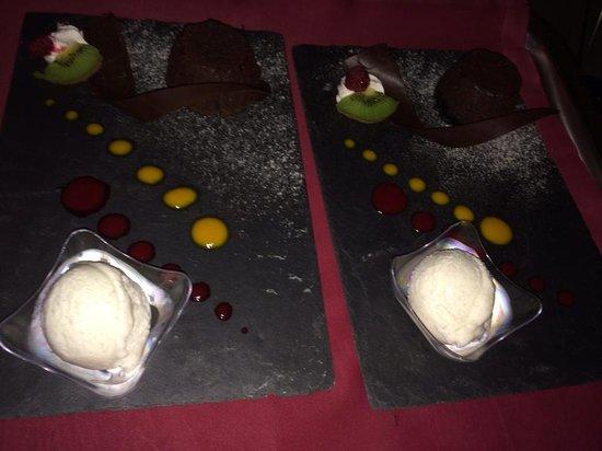 Mercure Creolia Saint-Denis La Reunion: Fondant au chocolat et sa glace à la vanille
